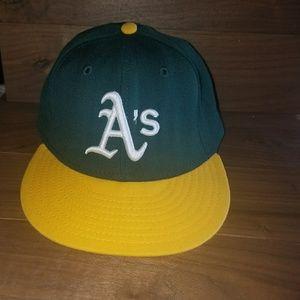 Other - Oakland Athletics New Era Hat